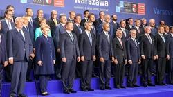 Donald Tusk unikał prezydenta? Fotoreporter przyłapał go na komicznym rajdzie - miniaturka