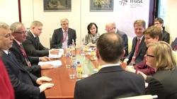 Nasz wkład w V4. Polska obejmuje dziś prezydencję w Grupie Wyszehradzkiej - miniaturka