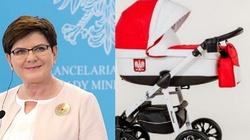 Tak rząd PiS przywraca godność polskim rodzinom!!! - miniaturka