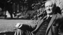 O. prof. Waldemar Linke: Kim był Tolkien? Człowiekiem czy elfem? - miniaturka