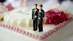 MASAKRA! 137 tys zł kary dla cukiernika, bo nie chciał upiec tortu weselnego homoseksualistom - miniaturka
