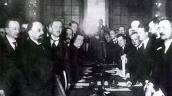 95 lat temu Polska podpisała Traktat Ryski z sowiecką Rosją - miniaturka