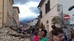 Tragiczna sytuacja mieszkańców Włoch po trzęsieniu - miniaturka
