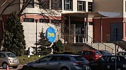 Były pracownik TVN oskarża stację. Pisze o ,,współczesnym niewolnictwie'', łapówkach i hipokryzji - miniaturka