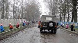 Wzruszające sceny z Wołynia ... ostatnie pożegnanie poległych żołnierzy ATO... - miniaturka