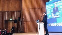 Premier Morawiecki: Konwencje PiS jak spotkania ,,towarzystwa upiększania Polski''. Przypomniał też, jak za PO wyprzedawano polski majątek - miniaturka