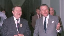Kołodziej: Wałęsa był sterowany przez Kiszczaka. Skończył współpracę, bo za mało mu płacili, ale... - miniaturka