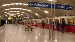 Warszawa: Tragiczny wypadek na stacji metra. Mężczyzna nie żyje - miniaturka