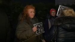 Niebywałe! Kolejny protest pod TVP. ,,Nie jest mi wstyd!' - miniaturka