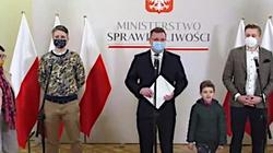 Ośmioletni Martin zostaje w Polsce. Wójcik: Dziękuję wszystkim, którzy brali udział w pomocy tej rodzinie - miniaturka