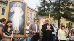 ,,Wzywamy biskupów i władze do stanowczego przeciwstawienia się antychrześcijańskiej rewolucji!'' - miniaturka