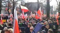 Warszawa: TYSIĄCE Polaków za reformą sądownictwa! - miniaturka
