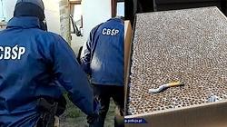 Cela Plus: Pakowali ,,lewe'' papierosy. CBŚP Zatrzymało 26 osób. Skarb Państwa mógł stracić nawet 10 mln złotych - miniaturka