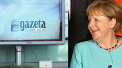 ,,Nauczyli nas pisać i czytać''. ,,Wyborcza'' na kolanach przed Niemcami - miniaturka