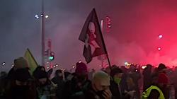 Protest przed TK. Policja wyprowadziła aborcjonistów siłą - miniaturka