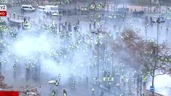 Coraz gorzej w Paryżu! Karabin w rękach protestujących - miniaturka