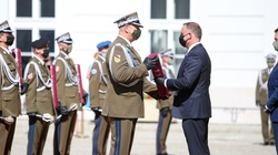 Prezydent: To jedne z najbardziej symbolicznych nominacji generalskich w historii Wojska Polskiego - miniaturka