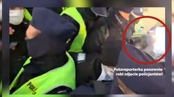 Zatrzymanie fotoreporterki. Policja: Doszło do naruszenia nietykalności funkcjonariusza - miniaturka