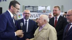 Premier Morawiecki: Dla nas Polska musi być Polską solidarności, a nie Polską obojętności - miniaturka