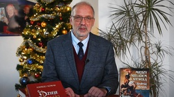 Prof. Andrzej Nowak składa życzenia ze… specjalnym prezentem dla Czytelników! - miniaturka