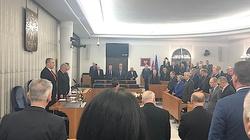 Minuta ciszy po śmierci Pawła Adamowicza, a senatorów PO brak... - miniaturka