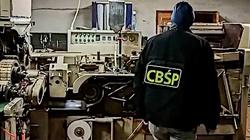 Cela Plus: Fabryka papierosów zlikwidowana, 8 osób w rękach policji. Ogromne straty Skarbu Państwa - miniaturka