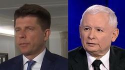 Jarosław Kaczyński spotka się w sądzie z Ryszardem Petru? Żąda przeprosin za nazwanie go ,,oszustem'' - miniaturka