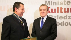 Bronisław Wildstein odznaczony medalem Gloria Artis. Gratulujemy! - miniaturka