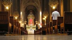 Węgry. Kościoły pozostają otwarte - miniaturka