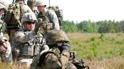 Amerykanie w podwyższonej gotowości. Polscy żołnierze zawieszają działania szkoleniowe w Iraku - miniaturka