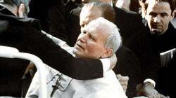 Kard. Stanisław Dziwisz wspomina zamach na Jana Pawła II - miniaturka