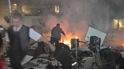 Trzech zamachowców wysadziło się w powietrze. Ofiarami wielu obcokrajowców - miniaturka