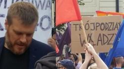 Tak SKRAJNA lewica walczy przeciw reformie sądów!!! ZOBACZ! - miniaturka