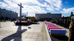 Tłumy polskich patriotów żegnały Niezłomnych Leonidasów  - miniaturka