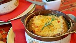 Cebulowa z grzankami. Ta zupa rozgrzewa mnie jak żadna inna!!! - miniaturka