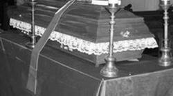 Tani i niekłopotliwy pogrzeb w ścieku - miniaturka