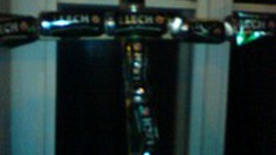 Wolno robić krzyż z puszek po piwie - miniaturka