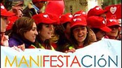 Młodzi Hiszpanie uczą się religii - miniaturka