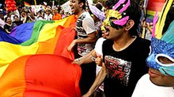 Homoseksualiści wściekli – mer nie wziął udziału w homoparadzie - miniaturka