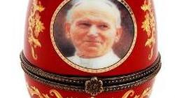Adamski: Jan Paweł II nie może być nadrukiem na koszulce - miniaturka