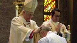 Były biskup episkopalny zwierzchnikiem anglokatolickiego ordynariatu - miniaturka