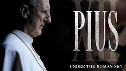 Znakomity film o papieżu uderza w komunistyczną propagandę - miniaturka