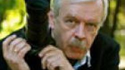 Ludzie Tuska zwolnili z kancelarii 60-letniego fotografa. Był za stary? - miniaturka
