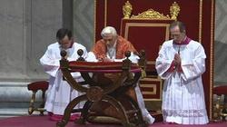 Liturgia Męki Pańskiej w Watykanie: Chrystus stoczył za nas walkę a nam przypadła korona - miniaturka